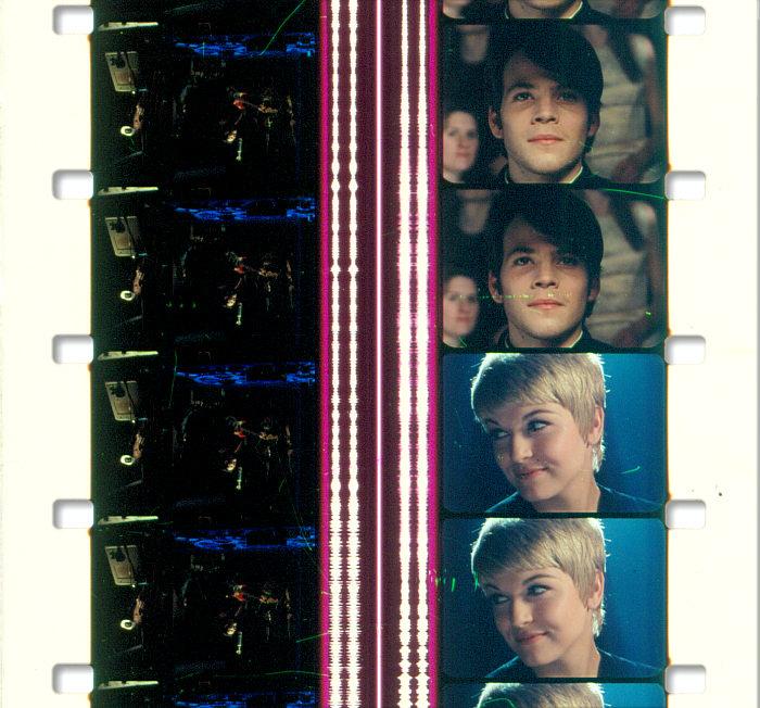 Film 32